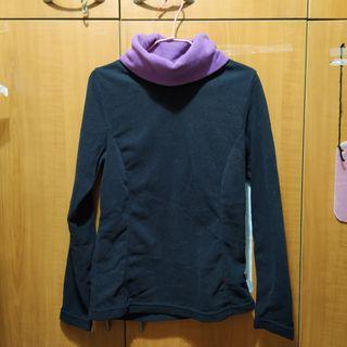 搖粒絨黑紫高領套頭毛衣