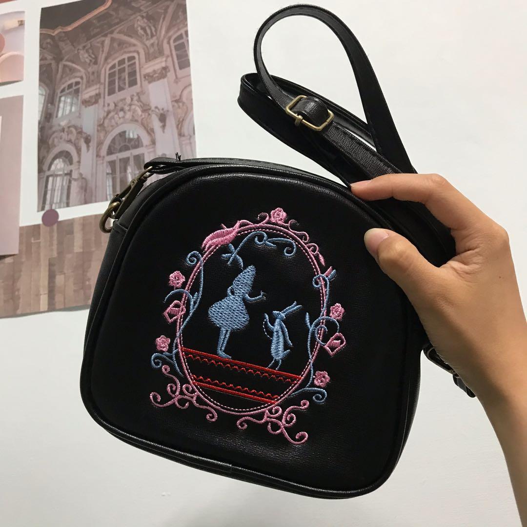 愛麗絲側背包
