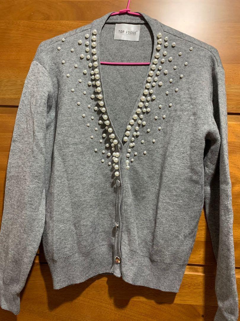 衣櫃出清《 灰色珍珠針織外套》