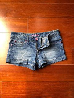 女 牛仔短褲 時尚 簡單 26 Women's denim shorts fashion simple