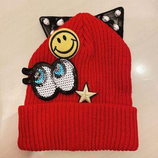 暗紅色 街頭感 可愛 眼睛 笑臉 貓耳 毛帽