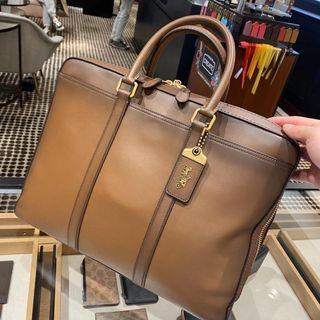 美國代購 coach Metropolitan Slim Leather Briefcase 公事包 牛皮耐用 經典 商務 簡約時尚