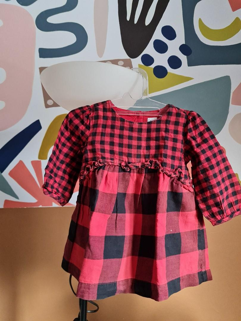 Baby GAP  Red
