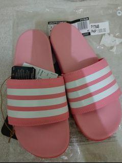 Brand-new! Authentic Adidas  Adilette Comfort