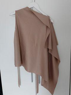 Party assimetrical top beige