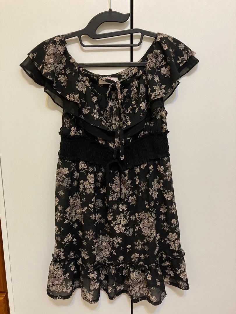 Poone百貨公司專櫃黑色雪紡浪漫小碎花短袖洋裝上衣波浪荷葉邊蕾絲
