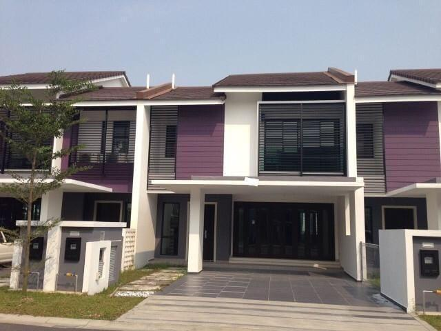 PUCHONG@[Below Market Value 70%!!!!] 45x85 Frehold Double Storey Superlink!!!