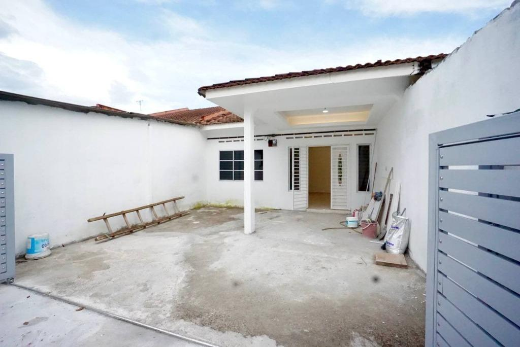 Refurbished and renovated 1 storey terrace Taman Dato Hormat Telok Panglima Garang