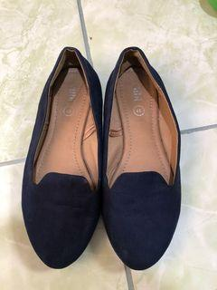 Ruby Navy flatshoes
