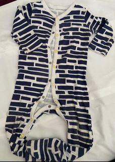 Sleepsuit 9 bulan