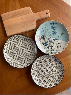 丹麥 Bloomingville陶瓷餐盤 3個 + Ikea 木砧板 #618