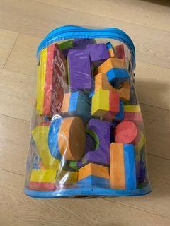 Like new Bruin soft blocks 積木