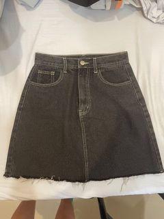 Meier Q 牛仔 碳黑 A字短裙