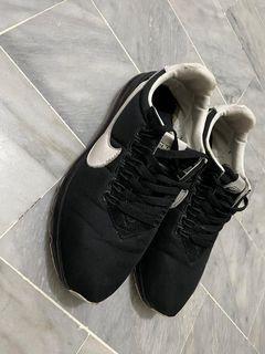 Nike男運動鞋