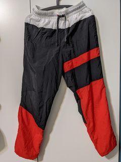 Nike拼接防風運動褲