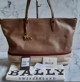 Authentic Bally Switzerland Full LeatherLarge tote bag