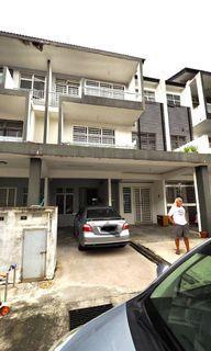 Ground Floor Double Storey Townhouse Desa Saujana 2, Bandar Saujana Putra