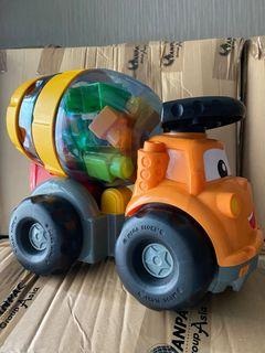 Megabloks Cement Mixer Toy 泥頭車玩具