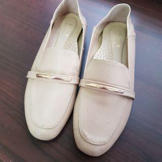 兩穿 可後踩  樂福鞋 穆勒鞋 平底鞋 拖鞋 涼鞋 氣質杏色