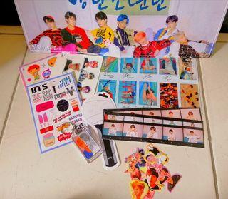 Set Poster dan Stiker BTS