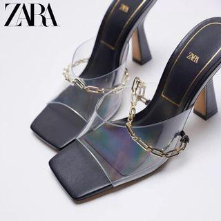 ZARA - 992 Vinyl chain Black Heels