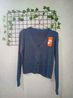 Cardigan Rajut Crop New Warna Blue Jeans