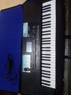 Keyboard Korg PA300 istimewa+garansi ada