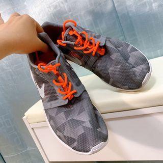 Nike運動鞋 39號