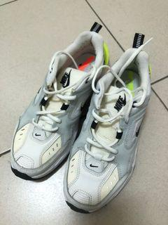 Nike 老爹鞋,98新,穿不到3次