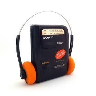 Sony Walkman WM-FX313 Portable AM/FM Radio/Cassette Player In Excellent Working Condition!