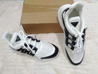Woman shoes Sneakers wanita sepatu wanita sepatu sport wanita