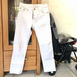 Boyfriend Jeans - WHITE