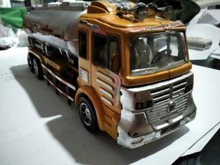Dijual mobil tanker mainan tarik lepas jalan