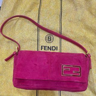 Fendi shoulder bag fuschia Suede (sudah spa)