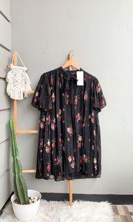 NEW Zara pleats dress