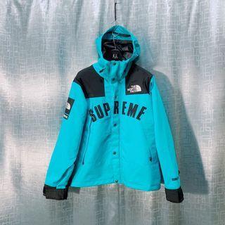 The North Face X Supreme 外套