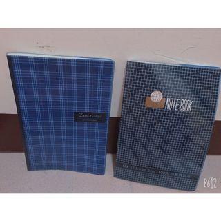 藍色格紋書套筆記本