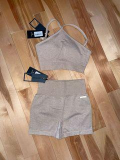 Bo+Tee 2 piece workout set in S