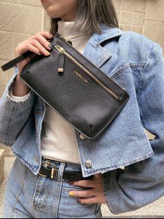Calvin Klein 手拿包
