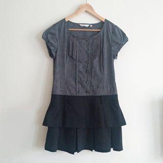 黑色小格紋短袖裙擺上衣