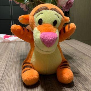 購自香港迪士尼 跳跳虎公仔 Tigger plush soft toy