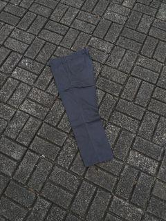 Celana uniqlo
