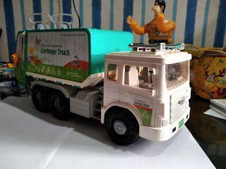 Dijual truck mainan panjang 36cm
