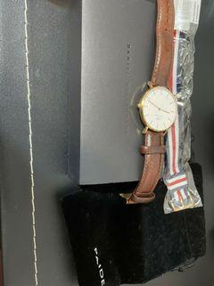 PETITE BRISTOL腕表-蛋殼白錶盤-黑棕色錶帶