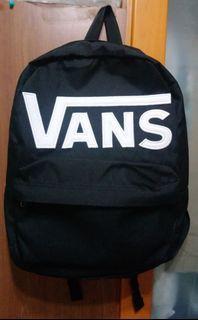Vans後背包 黑色 全新(下單前請對話聯絡)