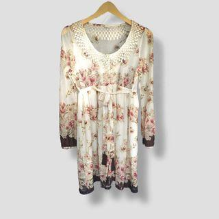 Vintage outer dress floral