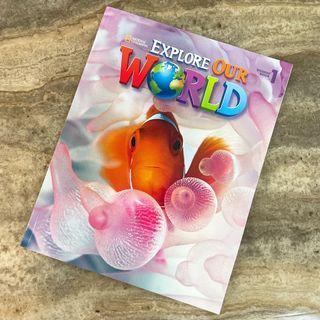 全新🔥原價$575🔥Explore our world (內附兩張CD)