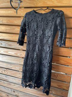 黑色提花蕾絲洋裝