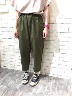 日系軍綠色褲子