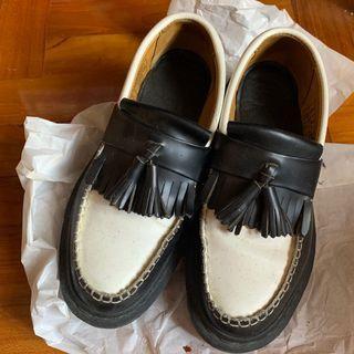馬汀 黑白 樂福鞋